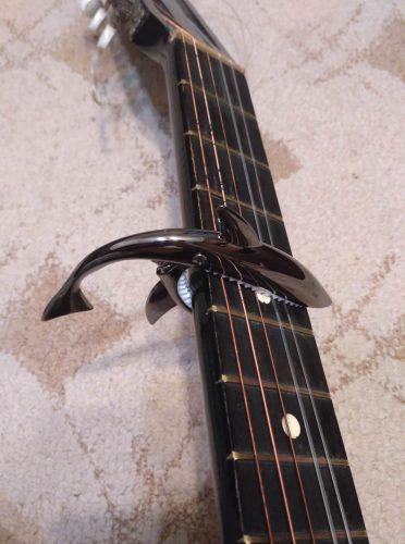 Gitaar capo haai voor elektrische of akoestische gitaar photo review